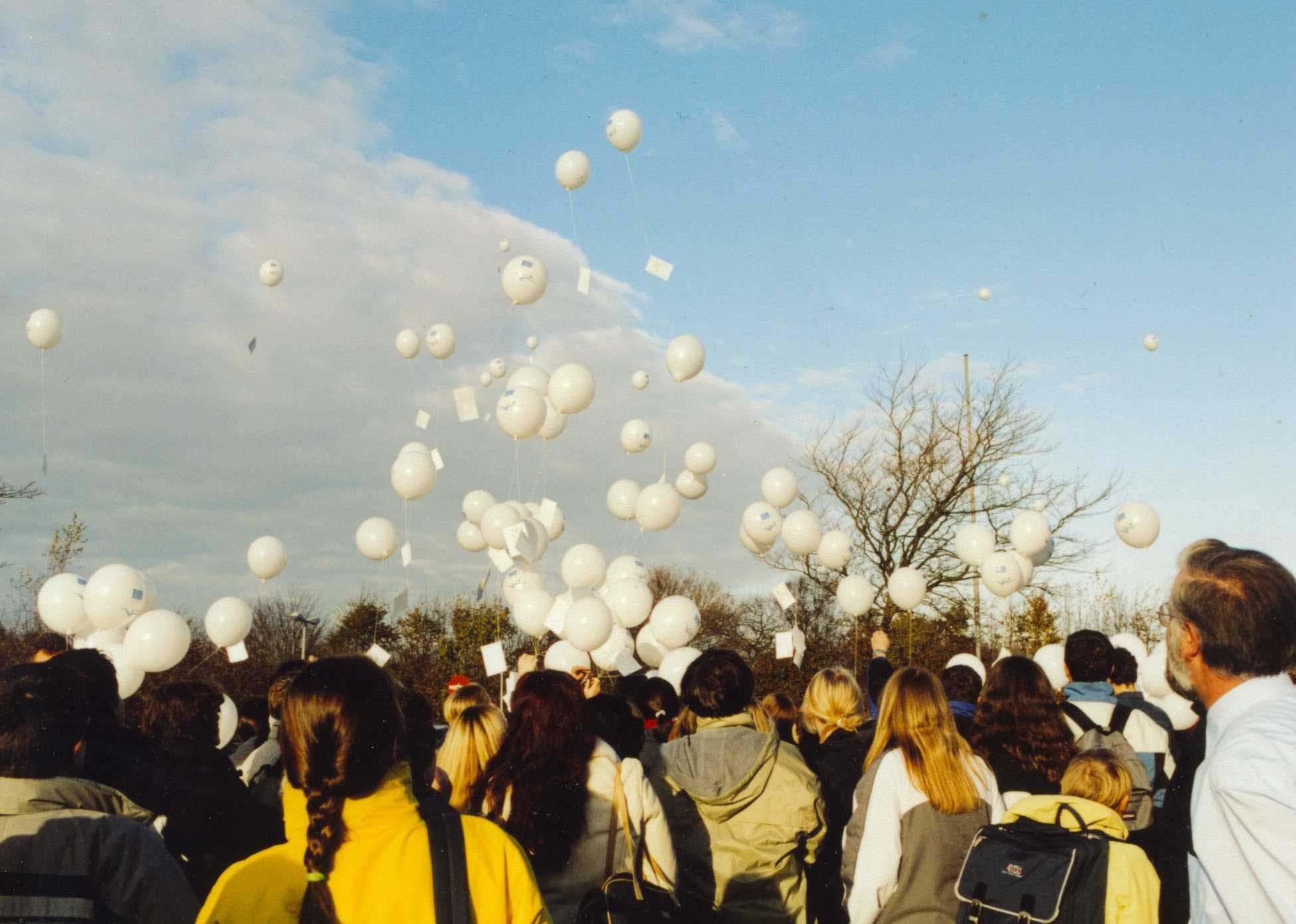 2002_comenius_luftballons