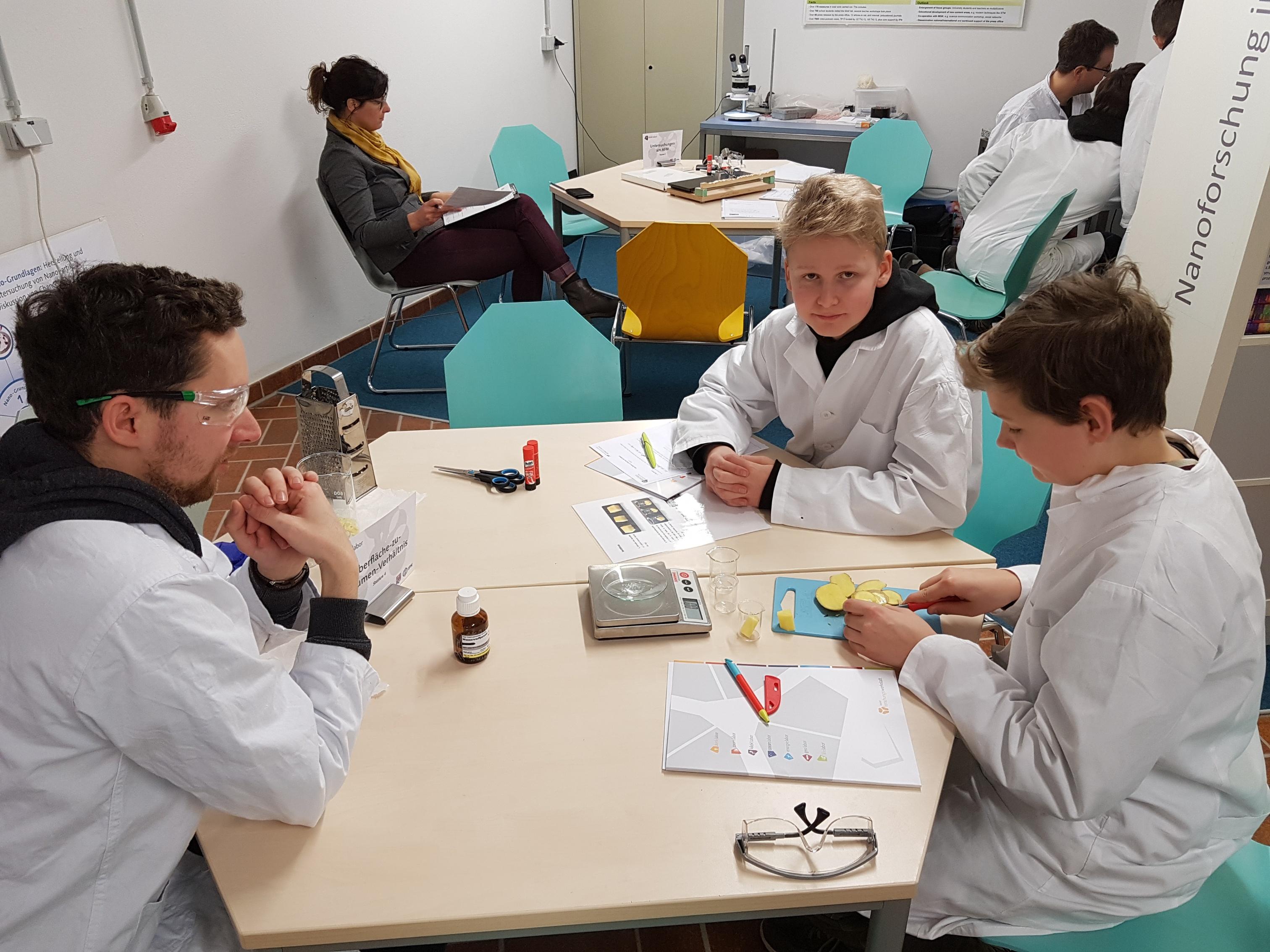 Besuch in der Forschungs-Werkstatt Kiel