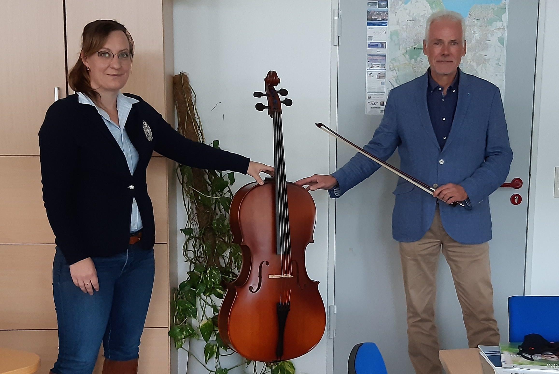 Neues Cello für Fördebrass