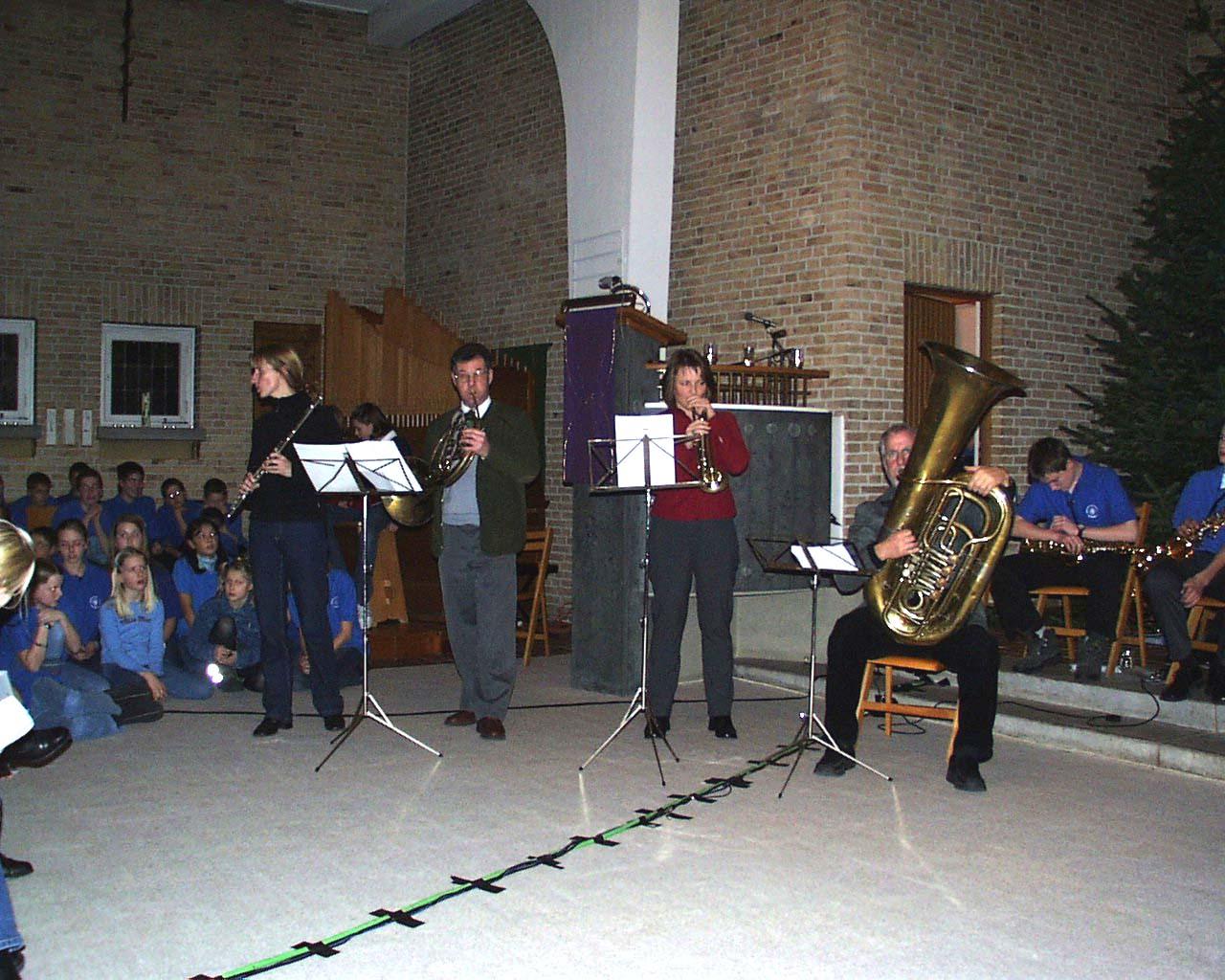 adventskonzert_2002_instrumentalgruppe_lehrer